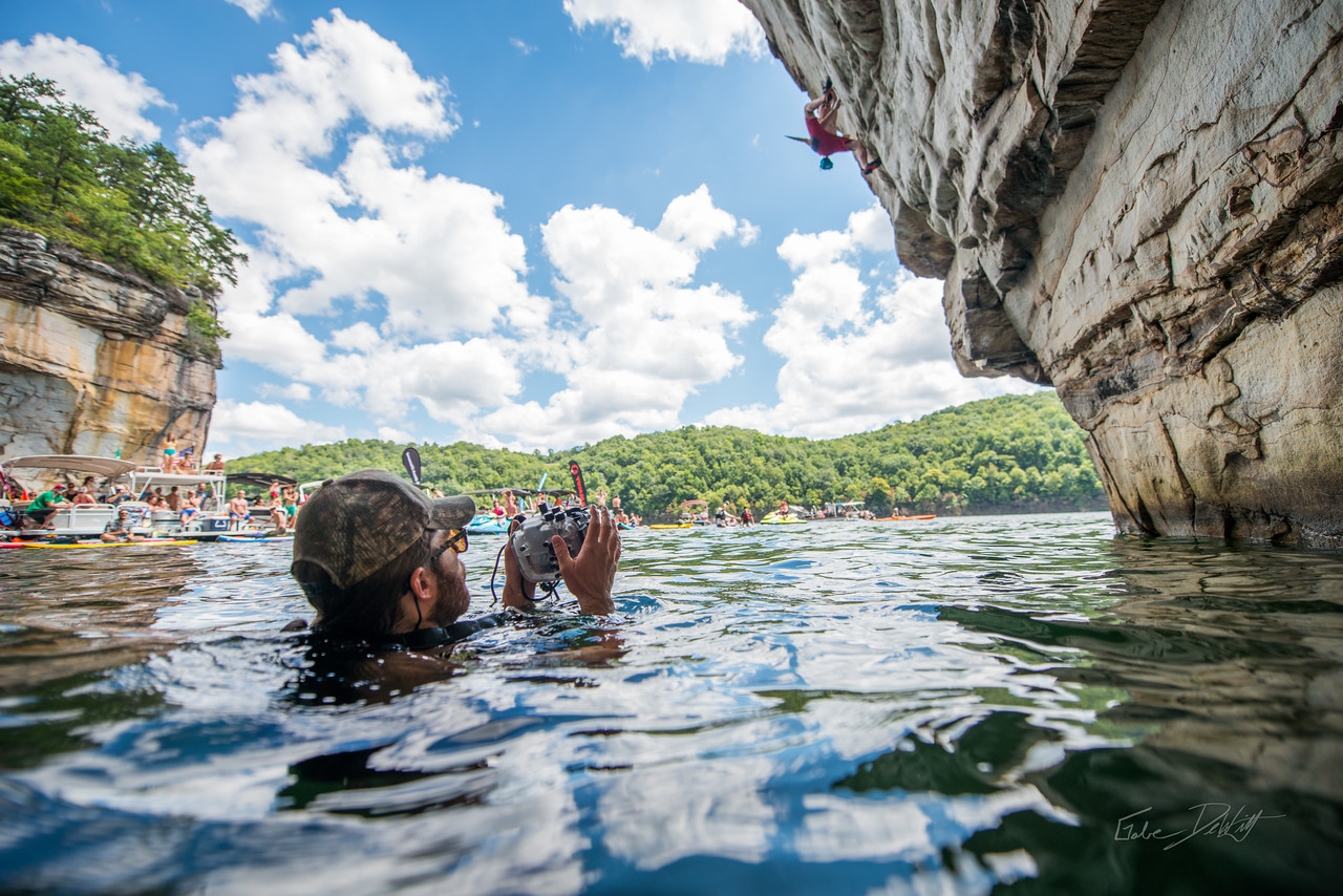 Deep; Water; Soloing; PSICOBLOC; 2016; Summersville; Lake; West; Virginia; Photo; Gabe; DeWitt; 1257; DWS; Deep Water Soloing; Deepwater soloing; Dru Mack; PSICOROC; Places; Psicocomp; Roks; Sand Stone; Summer; WV; West Virginia; climbing; photo by Gabe DeWitt; summersville lake