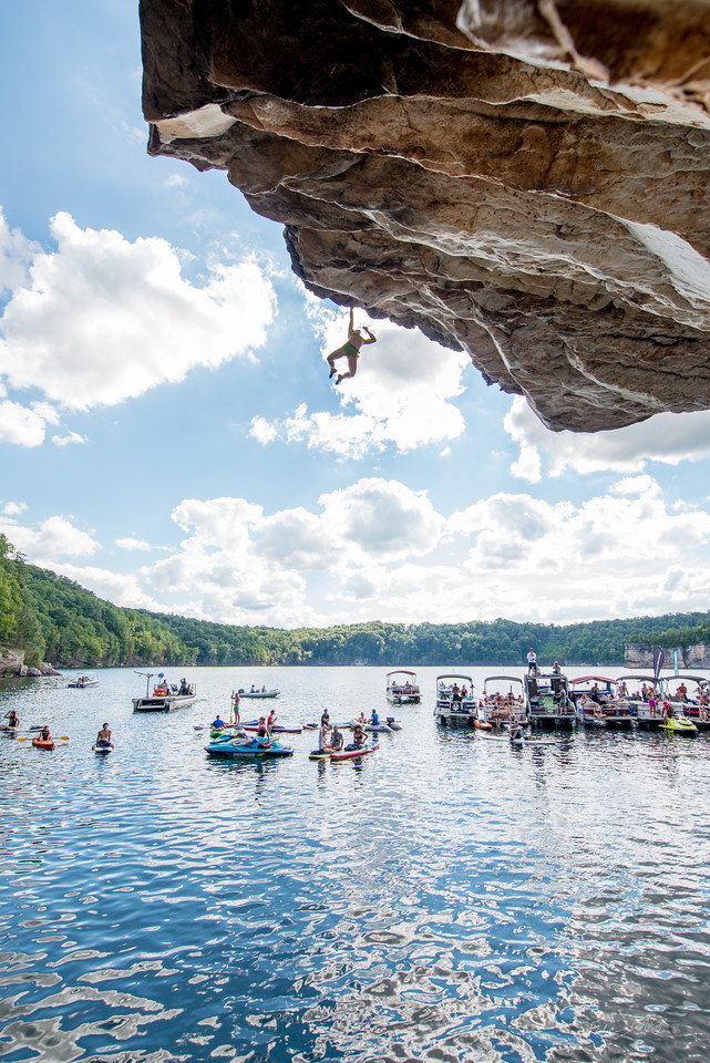 Deep; Water; Soloing; PSICOBLOC; 2016; Summersville; Lake; West; Virginia; Photo; Gabe; DeWitt; 2160; DWS; Deep Water Soloing; Deepwater soloing; Nina Williams; PSICOROC; Places; Psicocomp; Roks; Sand Stone; Summer; WV; West Virginia; climbing; photo by Gabe DeWitt; summersville lake