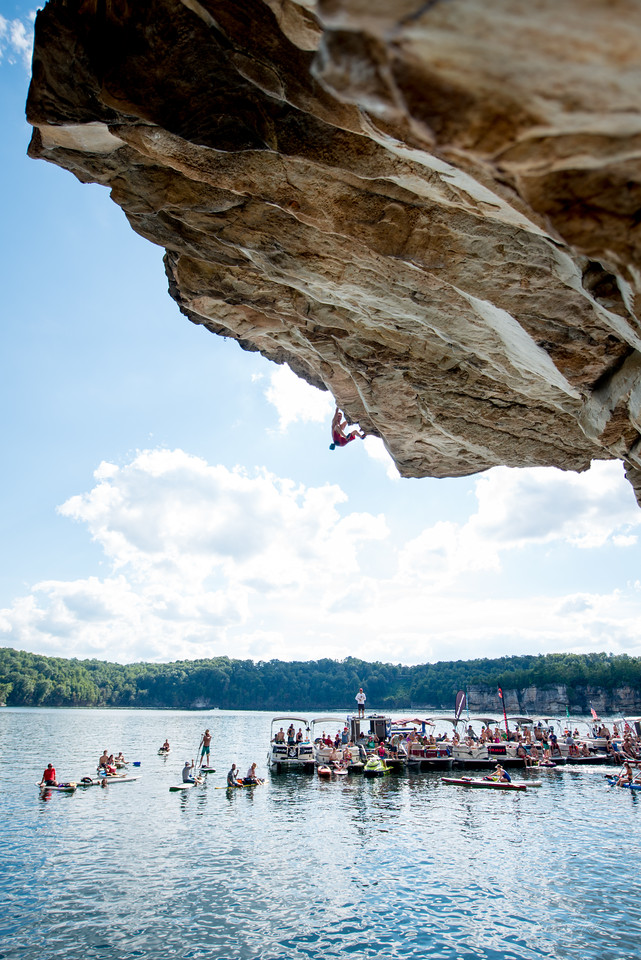 Deep; Water; Soloing; PSICOBLOC; 2016; Summersville; Lake; West; Virginia; Photo; Gabe; DeWitt; 2280; DWS; Deep Water Soloing; Deepwater soloing; Dru Mack; PSICOROC; Places; Psicocomp; Roks; Sand Stone; Summer; WV; West Virginia; climbing; photo by Gabe DeWitt; summersville lake