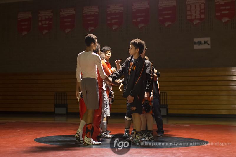 20160129-0068-Henry-South-wrestling