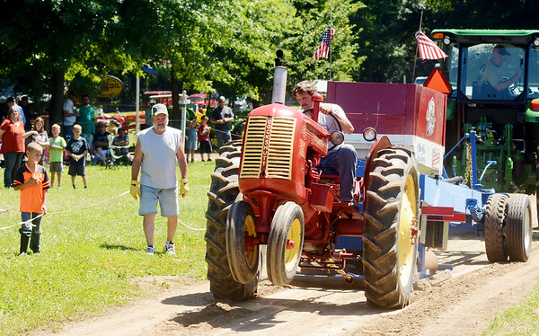 0708 antique tractor show 5