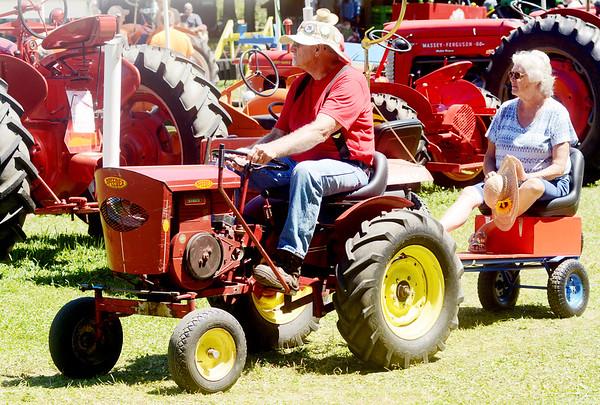 0708 antique tractor show 2