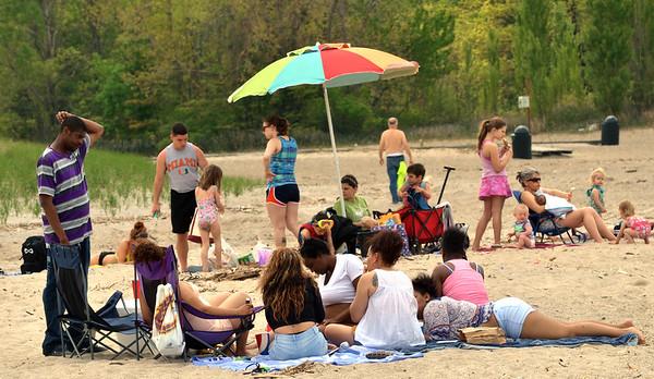 0518 warm beach