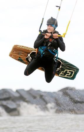 1024 kite surfer 2