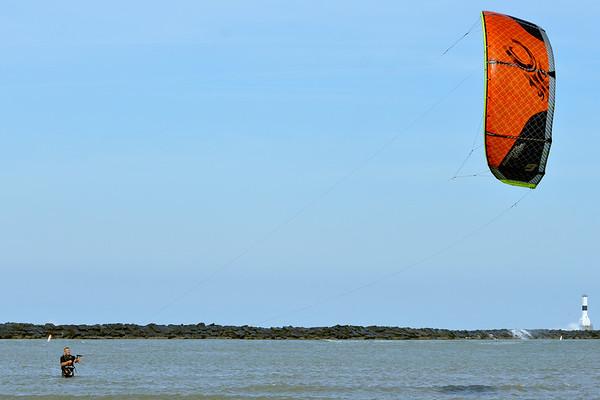 1020 kite surfer 1