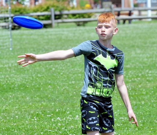 0715 frisbee 1