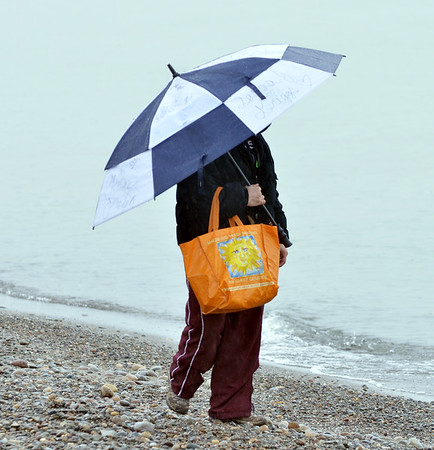 0104 umbrella lady 3