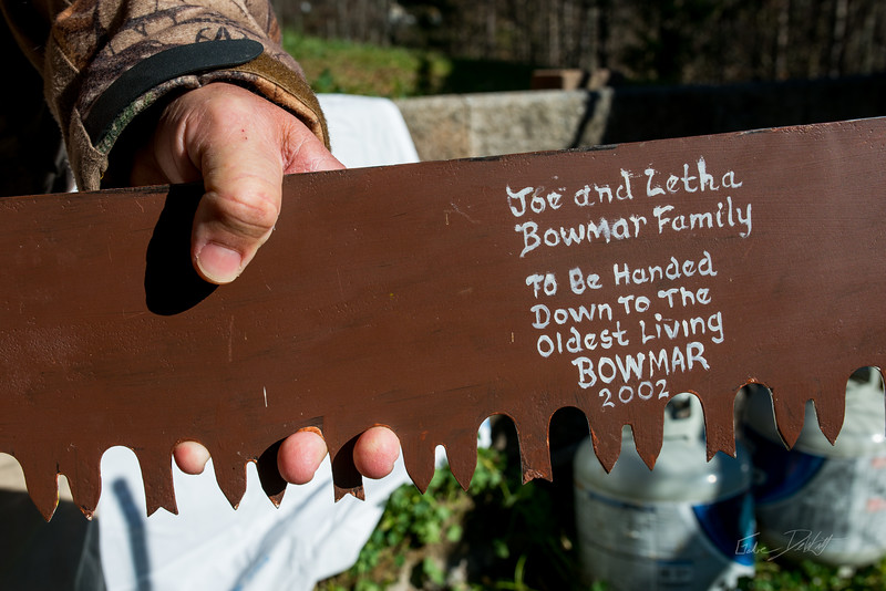 Bowmar-Family-Saw-Blade-Painting-28
