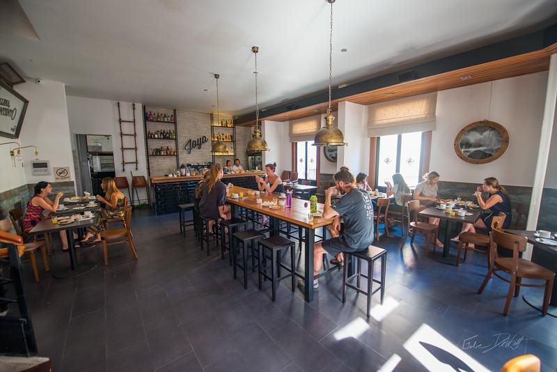 La-Joya-Hostel-Valparaiso-Chili-Summer-2017-4-_GRD5761