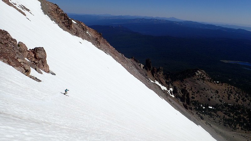 Brian skiing the NE bowl fo Mt McLaughlin
