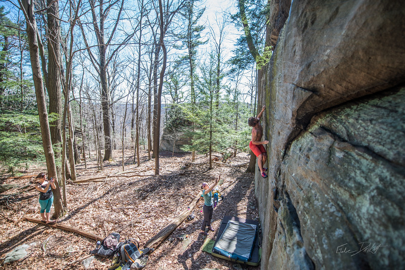 Coopers-Rock-Bouldering-April-2017-60