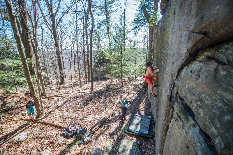 Coopers-Rock-Bouldering-April-2017-58