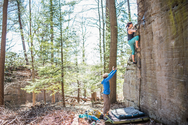 Coopers-Rock-Bouldering-April-2017-13