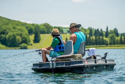 family-fishing-Alpine-Lake-West-Virginia-20