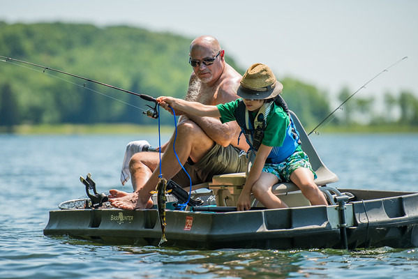 family-fishing-Alpine-Lake-West-Virginia-30