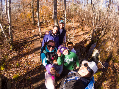It is 50º F today and the sun is out!! Perfect time to head out for a quick 4mi hike!! We found old Farm home foundations, suspension bridges, swamps, streams, trees, logs, and mucho fun! Frank Knowles/Little River Reserve #NewEnglandProblems