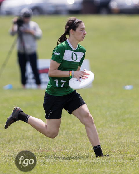 University of Notre Dame Womb v University of Oregon Fugue Women's Division pool play at day 2 of USA Ultimate D1 College National Championships in Mason, Ohio