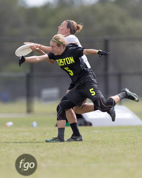 Denver Molly Brown v Boston Brute Squad Women's Division Semifinal at USA Ultimate Nationals in Sarasota-Bradenton, Florida on 21 October 2017