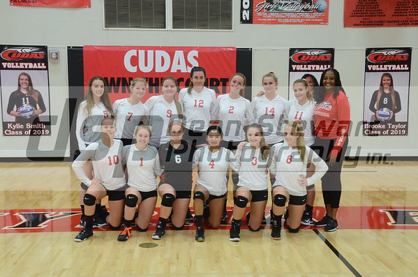 Volleyball w/ Team Pic 9-27-18 AA