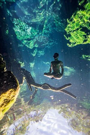 Cenote-Jardin-of-Eden-Mexico-Gabe-DeWitt-1944-2