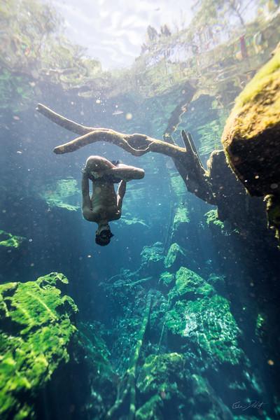 Cenote-Jardin-of-Eden-Mexico-Gabe-DeWitt-1942