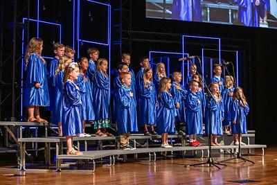 Kindergarten-graduation-016