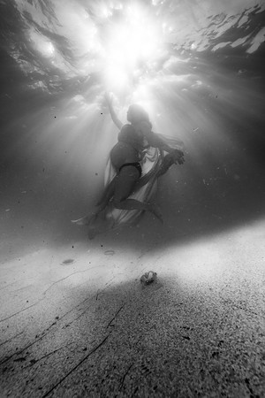 Tiffany-Maternity-Underwater-2019-25