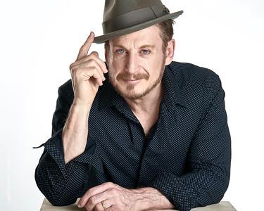 Alyosisus Gigl - Actor
