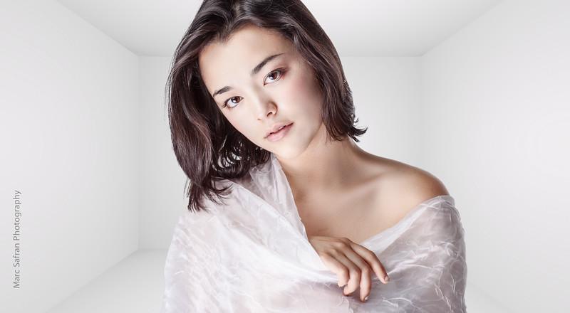 Midori Iwama - Actor