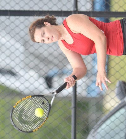 WARREN DILLAWAY / Star Beacon<br /> SARAH BROOK of Jefferson returns a shot during a home first singles match with Lakeside on Tuesday afternoon.