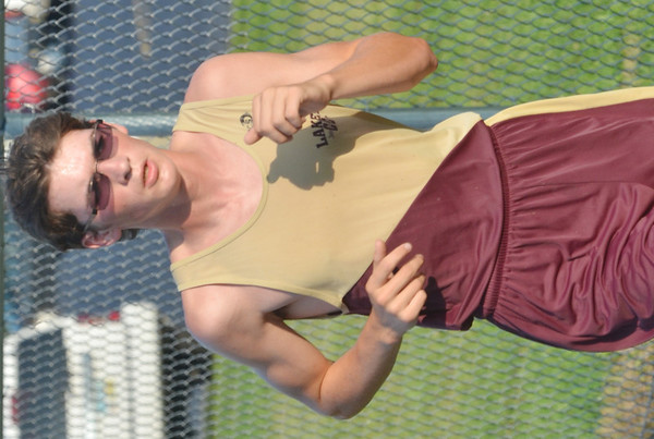 WARREN DILLAWAY / Star Beacon<br /> RORY GALLATIN of Pymatuning Valley competes in the Pymatuning Invite.
