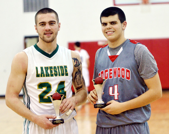 WARREN DILLAWAY / Star Beacon<br /> KYLE DOWNS (left) of Lakeside and Connor McLaughlin of Edgewood won the Star Beacon-Ed Batanian Senior Classic on Tuesday night at Jefferson.
