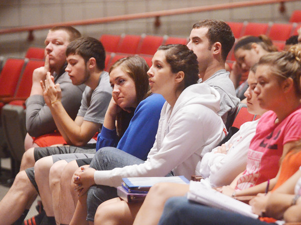 WARREN DILLAWAY / Star Beacon<br /> GENEVA HIGH School students listen to Ashtabula County Commisioners meeting held at the school on Tuesday afternoon.