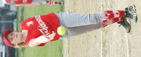 WARREN DILLAWAY / Star Beacon<br /> LAUREN SMITH of Madison pitches on Saturday during a Minor League softball game with Ashtabula at Cederquist Park.