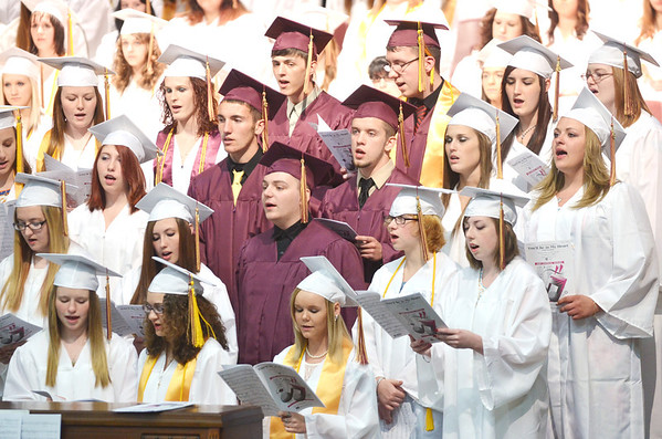 WARREN DILLAWAY / Star Beacon<br /> MEMBERS OF the Pymatuning Valley Senior Chorus perform during their commencement exercises on Sunday in Andover Township.