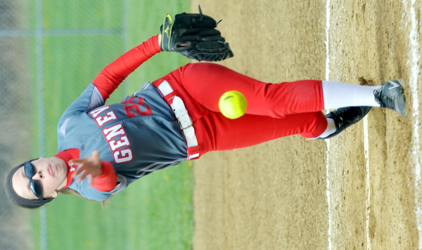 WARREN DILLAWAY / Star Beacon<br /> ALYSSA DONATO of Geneva pitches on Monday during a a game at Lakeside.