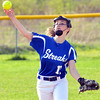 WARREN DILLAWAY / Star Beacon<br /> SAM TRUMBA of Madison throws to first base on Tuesday at Riverside.