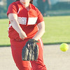 WARREN DILLAWAY / Star Beacon<br /> GABRIELLA PATETE of Edgewood pitches on Monday during a night game at Jefferson.