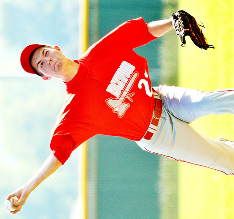 WARREN DILLAWAY / Star Beacon<br /> ALEX VENCIL pitches for Edgewood on Monday during a Division II district semifinal game at Havens Complex in Jefferson Township.