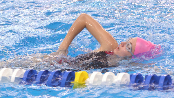 WARREN DILLAWAY / Star Beacon<br /> WHITNEY SHIANNE SMITH of Lakeside works on her freestyle stroke during swim practice on Thursday night at Spire Institute.