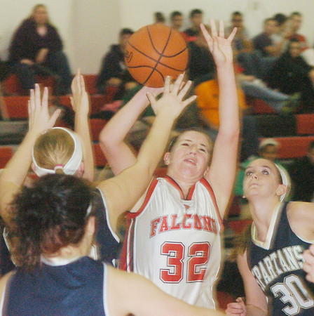 WAREN DILLAWAY / Star Beacon<br /> LEEANN FARR (32) of Jefferson tries to get a shot up amidst a crowd of Conneaut defenders including Lexi Zappitelli (30) Tuesday night at Jefferson.