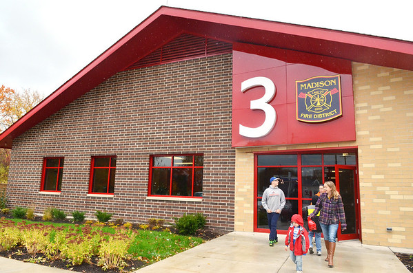 WARREN DILLAWAY / Star Beacon<br /> MORE THAN 300 people toured the new Madison Fire District 3 building on Route 528 just south of Interstate 90 in Madison Township on Saturday.