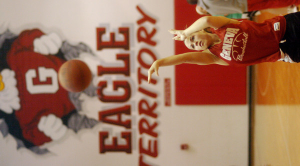 WARREN DILLAWAY/ Star Beacon<br /> SARAH DEPP works on her free throws during a Geneva girls basketball practice Tuesday.
