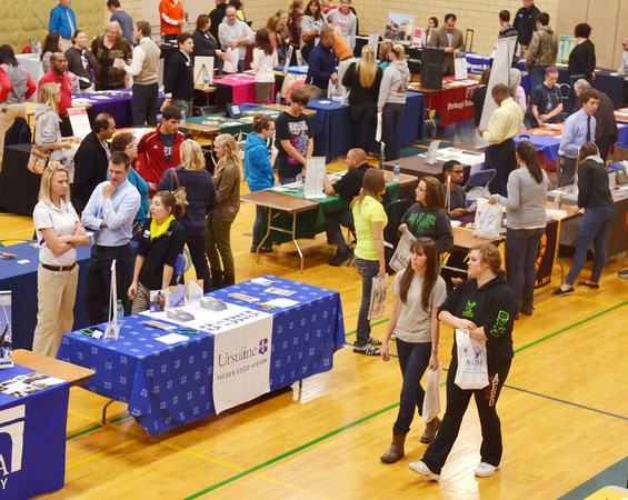 WARREN DILLAWAY / Star Beacon<br /> DOZENS OF Ashtabula County high school students attended a college fair on Tuesday evening at Kent State University-Ashtabula Campus.