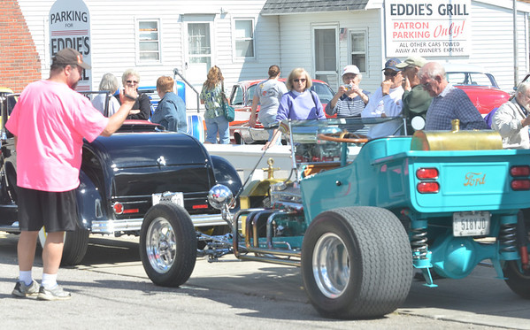WARREN DILLAWAY / Star Beacon<br /> HOT ROD cars from the 1950s were out in force Saturday along the Strip at Geneva-on-the-Lake during the first edition of the American Graffitti North Shore.
