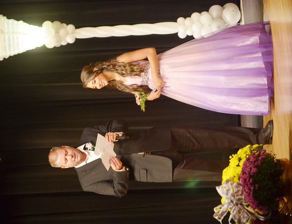 WARREN DILLAWAY / Star Beacon<br /> ANASTACIA PRESCIANO prepares to answer a question from Miss Grapette Master of Ceremonies Jeff Fanchek on Saturday night at Geneva High School.