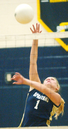 WARREN DILLAWAY / Star Beacon<br /> SHAE BRINK of Conneaut spikes the ball Monday evening during a home match with Edgewood.