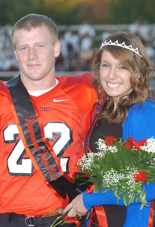 WARREN DILLAWAY / Star Beacon<br /> TAYLER JOHNSTON was crowned Jefferson Homecoming Queen and Justin Butler was crowned Homecoming King on Friday night prior to the football game with Liberty.