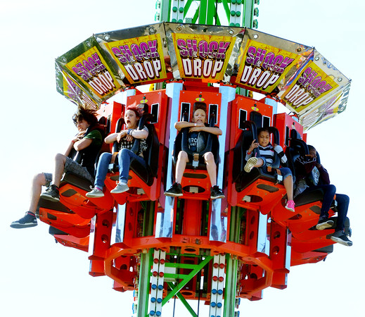 0610 mall carnival 1
