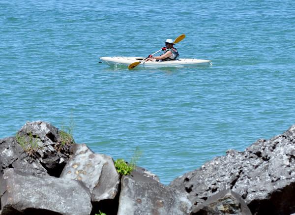 0727 kayak man